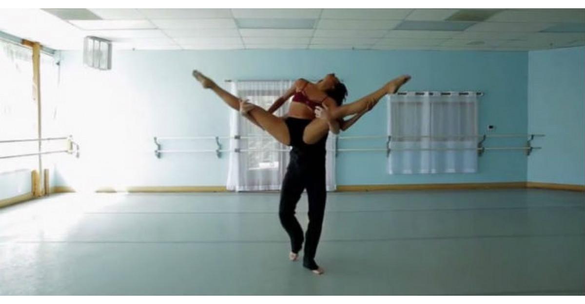 Video: Dansul dragostei. In momentul in care incep sa danseze, nu iti mai poti lua ochii de la ei