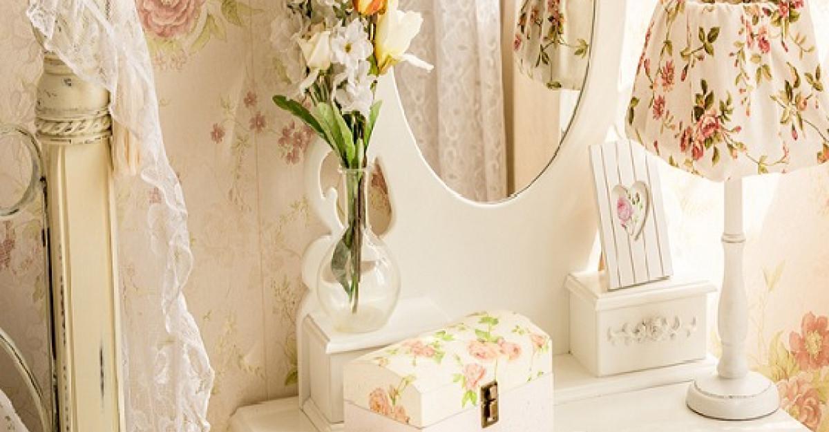 Dormitorul unei romantice incurabile trebuie sa-i reflecte personalitatea. 5 idei practice pentru a-l pune in valoare