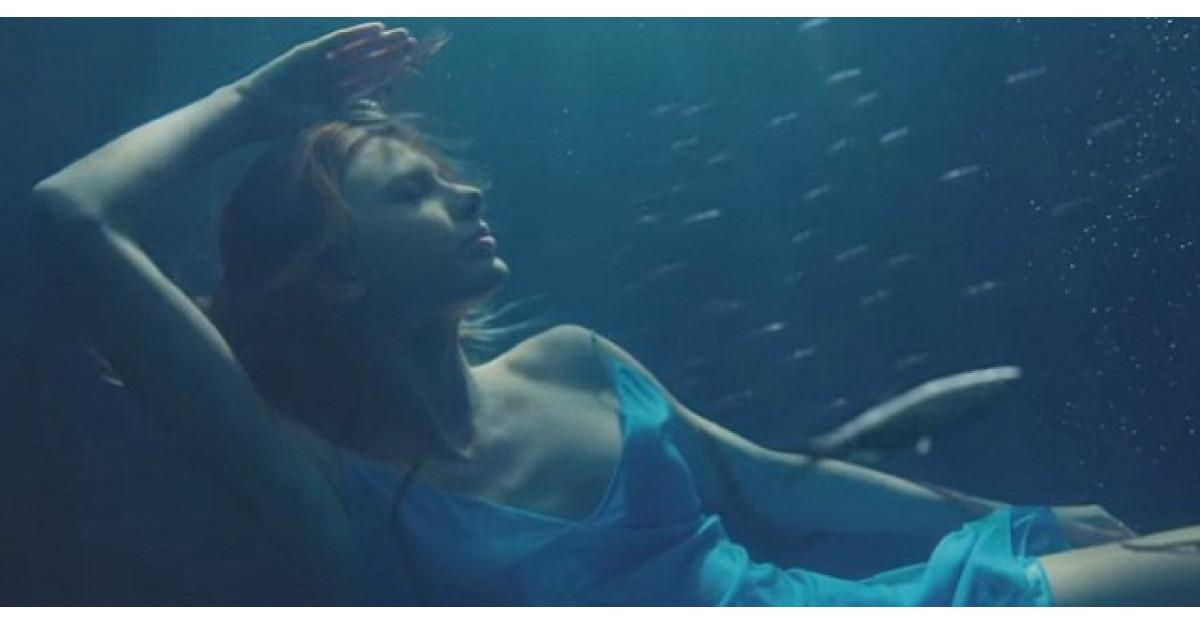 Noul videoclip al lui Taylor Swift este aici... si este total diferit de tot ce am vazut pana acum