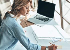 Patru trucuri pentru a te integra cu succes la noul loc de muncă