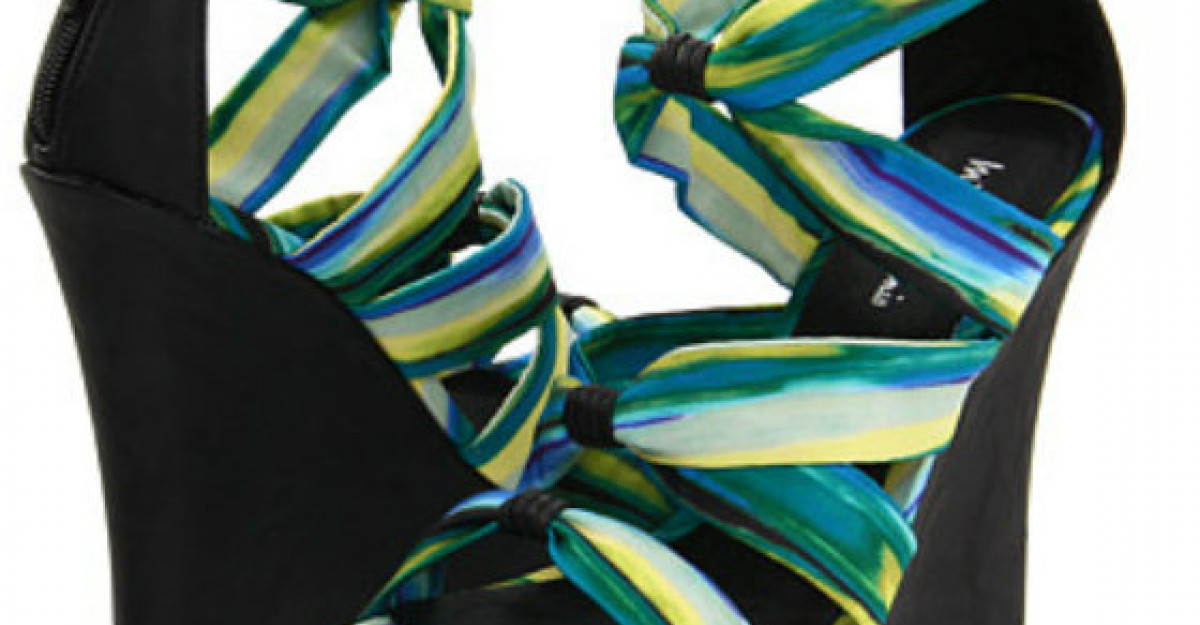 20 de modele de sandale pentru vara 2012