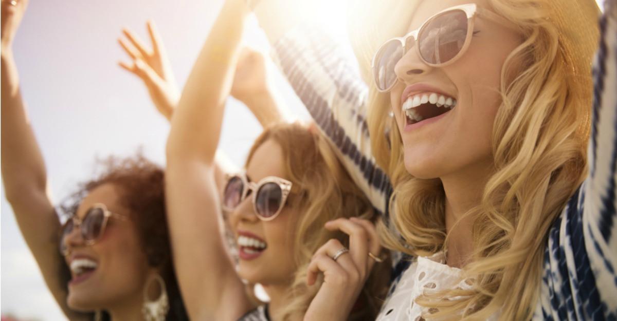 Lookbook de festival pentru o vară în tendințe