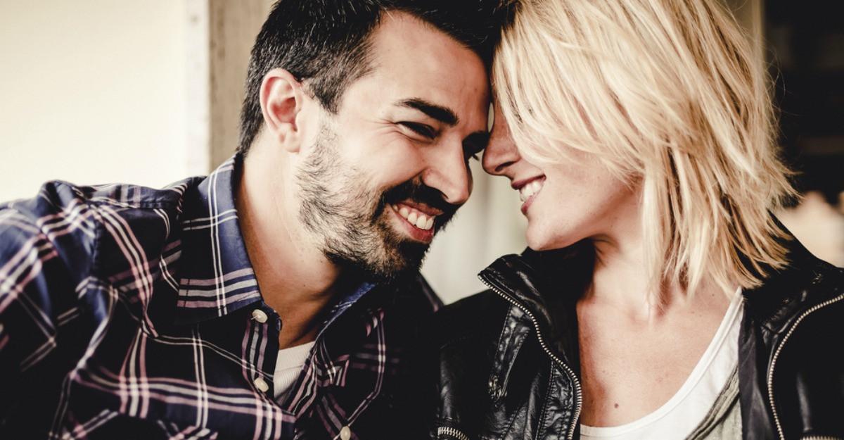 Ce isi doreste cu adevarat iubitul tau de la tine? 5 moduri prin care ii demonstrezi ca iti pasa