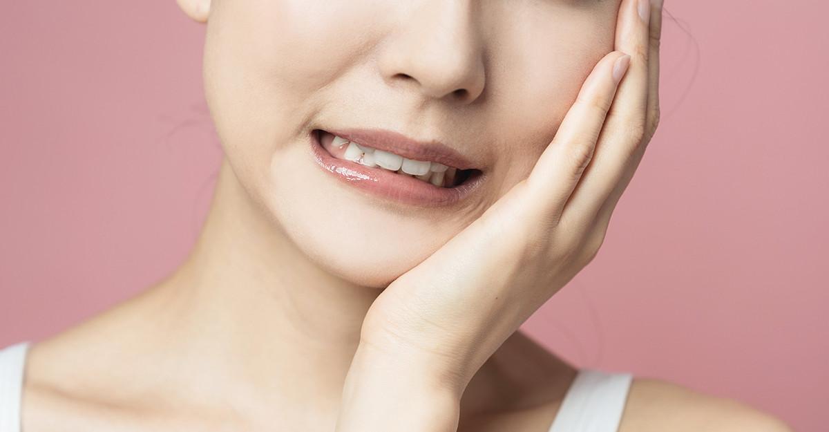 Aftele și ulcerațiile mucoasei bucale: cauze și tratament