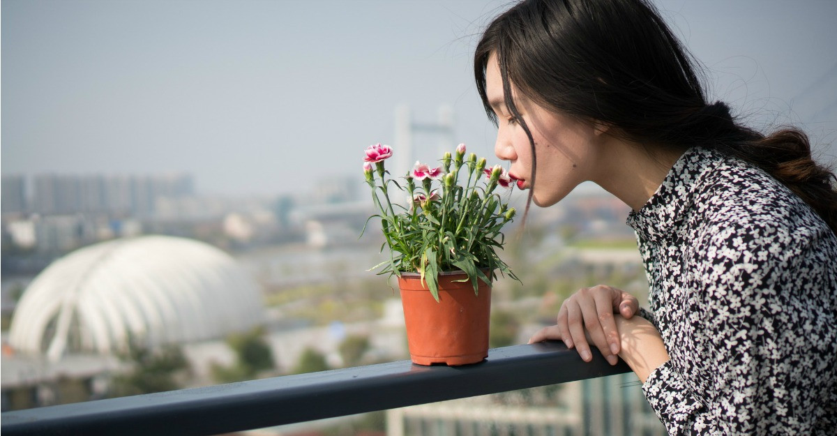 Cum porti imprimeul floral de inspiratie vintage