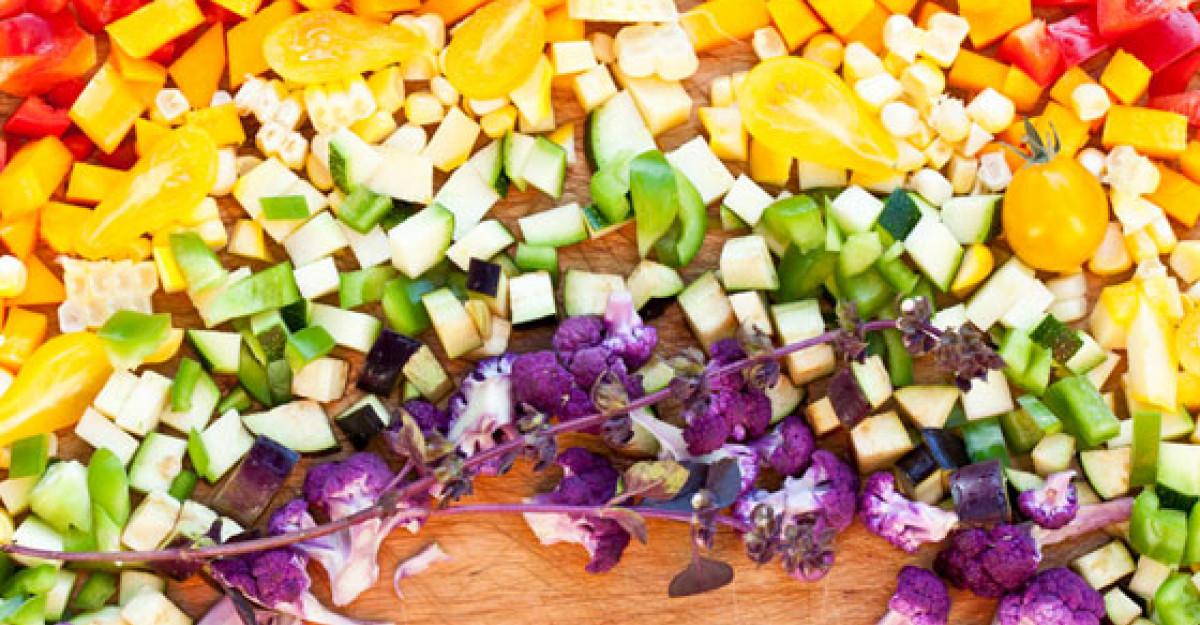 INFOGRAFIC: Beneficiile legumelor in functie de culoare