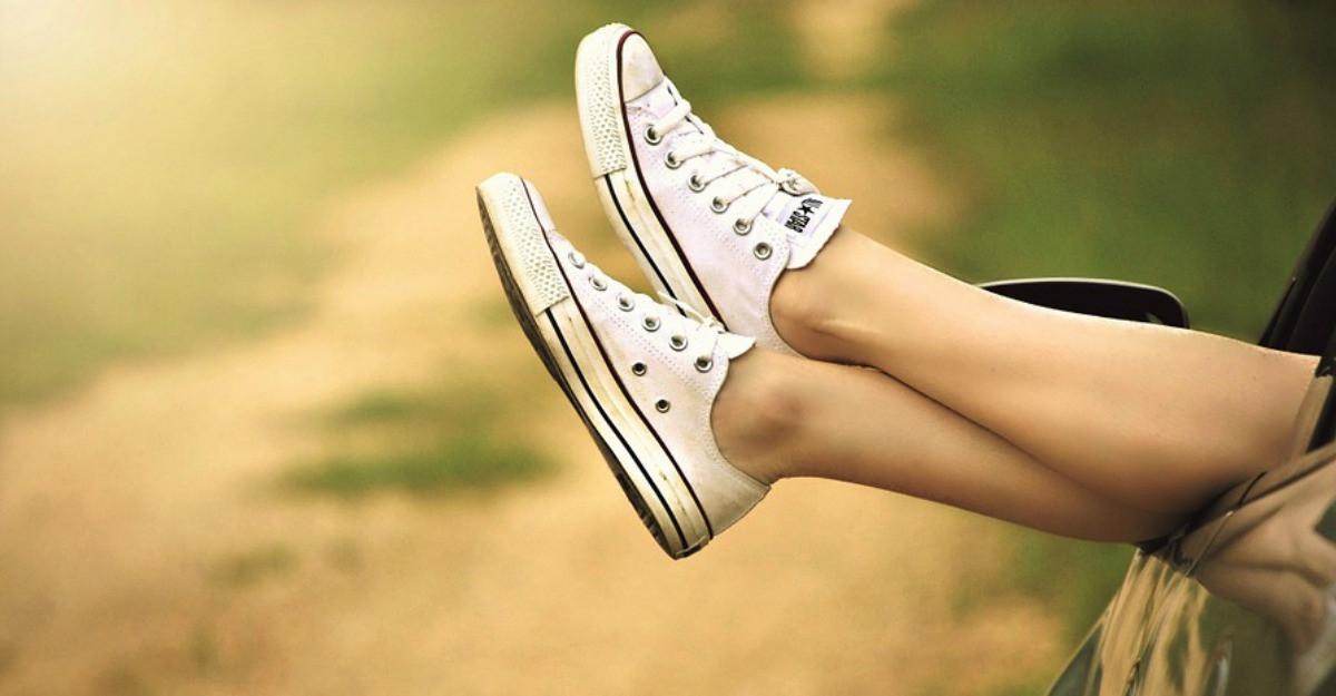 Pantofii sport! Cum transformam o tinuta cu ajutorul lor!