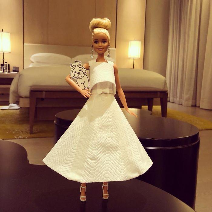 Rochie inspirata de stilul Chanel