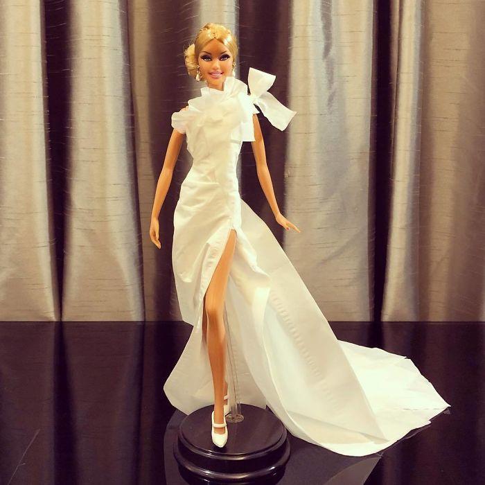 Rochie eleganta cu slit pe lateral