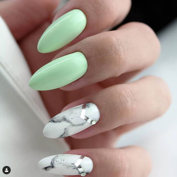 Marble nails si pastel