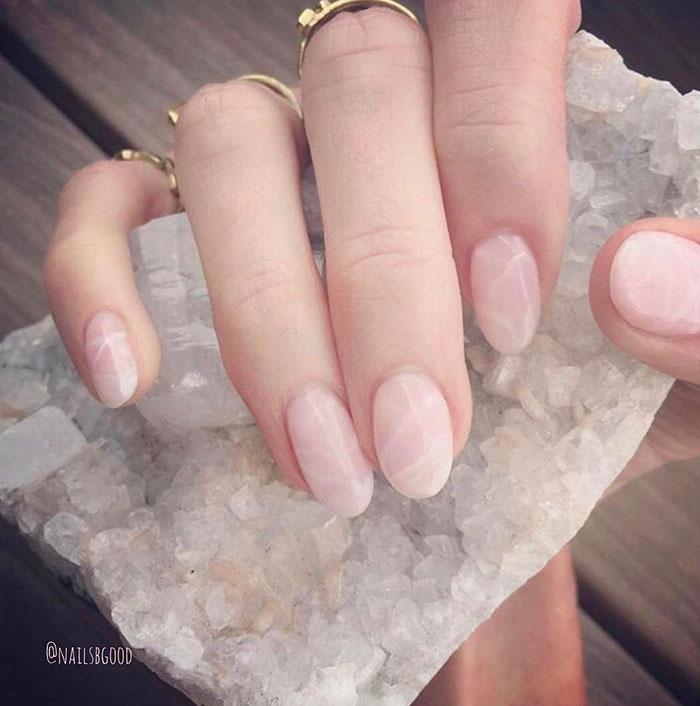 Rose quartz in varianta mata