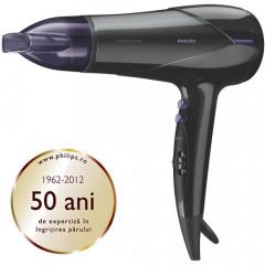Uscator de par Philips SalonDry Control HP8180/00, Putere 2100W, 6 trepte de viteza si temperatura, Cablu 1,80 metri, Cool Shot (Negru / Violet)
