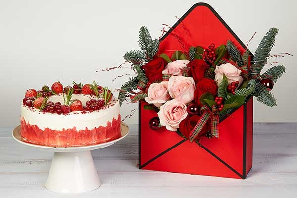 cadouri simbolice de craciun aranjament si tort