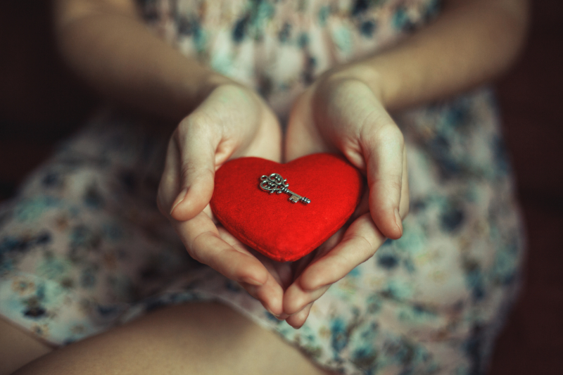 pasi pentru a iti deschide inima spre iubire neconditionata