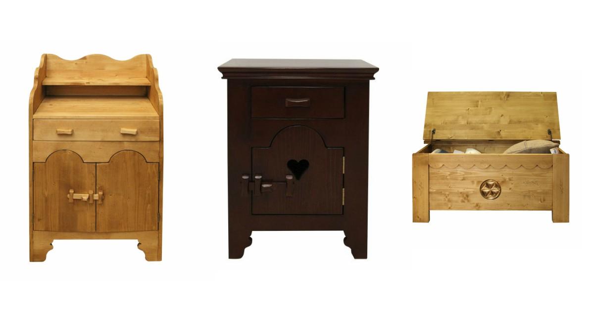 Piese de mobilier din lemn