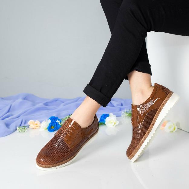 Pantofi Derby din piele naturala maro