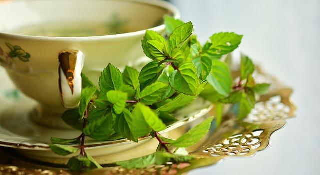 Ceaiul verde ajuta la eliminarea celulitei