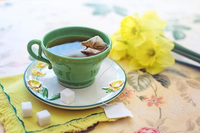 Ceaiul verde albeste dintii si previne aparitia cariilor