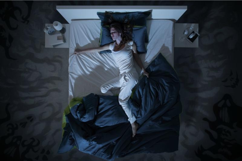 Dormitul pe spate