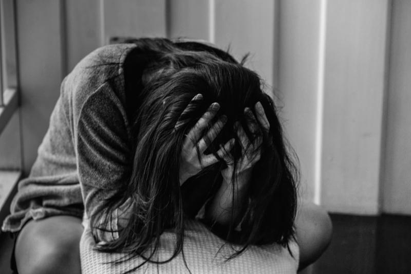 Cu cine vorbesti cand esti deprimata