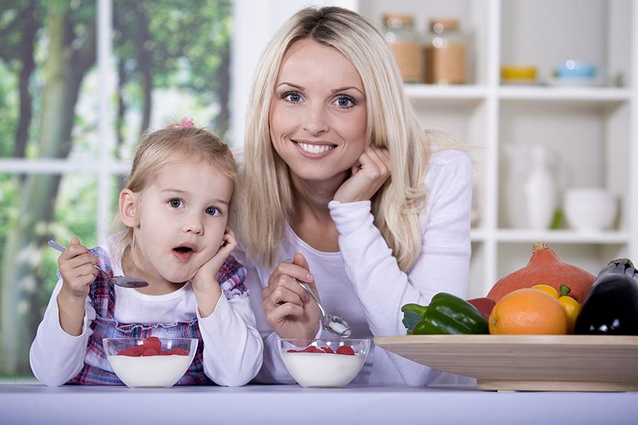 sfaturi sa mancam sanatos si sa ne mentinem silueta si starea de bine digestiva - consuma iaurt in fiecare zi