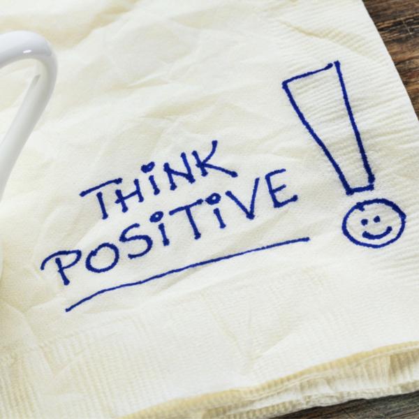 Fii pozitiv