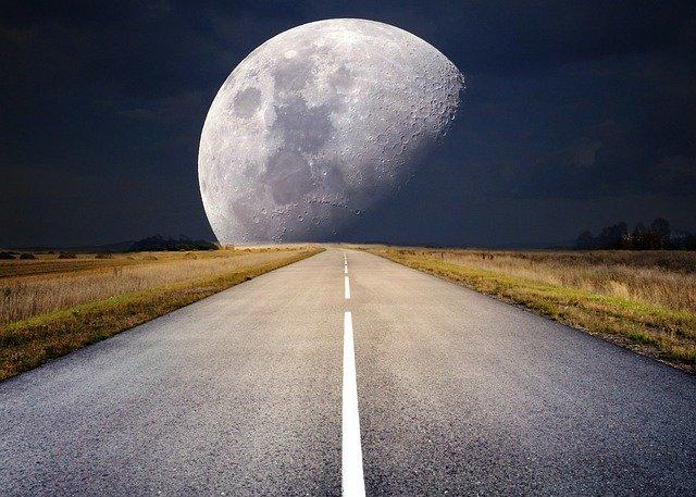 horoscopul lunii aprilie: luna plina in Balanta
