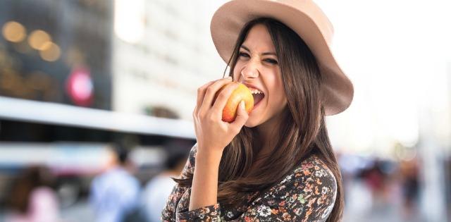 Cura de detoxifiere cu mere – îţi curăţă organismul şi te ajută să slăbeşti! - Antena Satelor